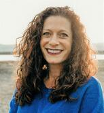 Mara Holinger, VP Regulatory Affairs at Veristat